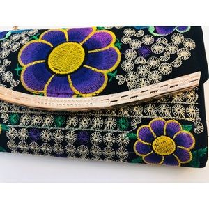 Bags - Boho Embroidered Wallet Purse Floral Chain Strap